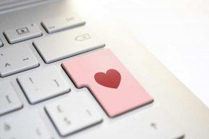 Siti per incontri online